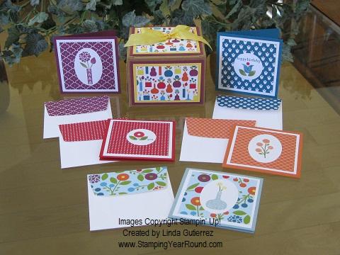 SUMMER SMOOCHES CARD-IN-A-BOX ENSEMBLE