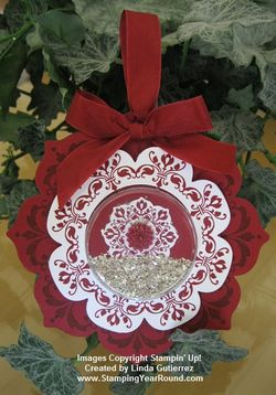 DAYDREAM MEDALLION ORNAMENT CHERRY COBBLER
